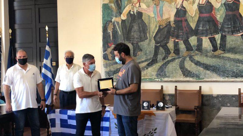 Ο ΔΟΠΑΡ τίμησε την κυπριακή ομάδα Champions soccer Υψώνα Λεμεσού