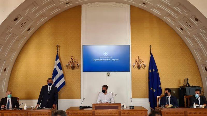 Το καλωσόρισμα του Αντώνη Καμπουράκη στον πρωθυπουργό