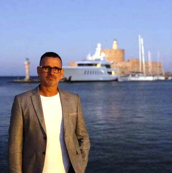 "video- Νίκος Φιλίππου πρόεδρος Ευαγόρα "" μας οδηγούν στην εξαθλίωση με το νέο υγειονομικό πρωτόκολλο"""