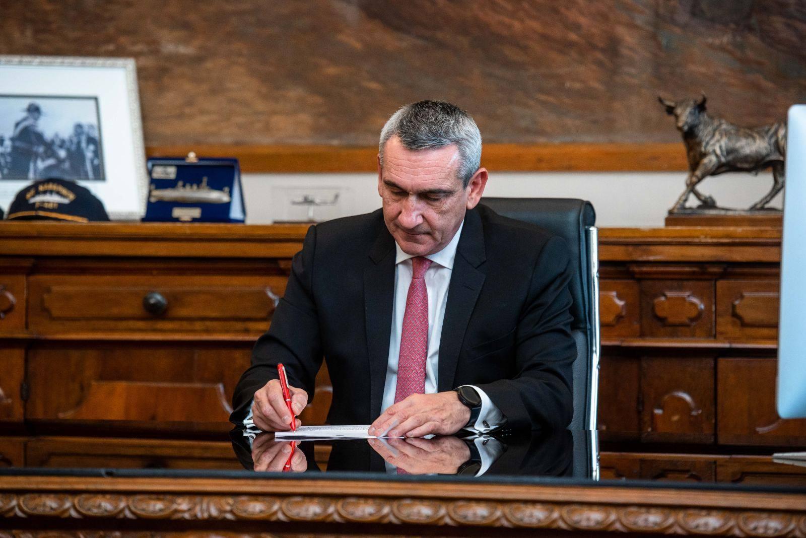 Με 400.000 ευρώ, η Περιφέρεια χρηματοδοτεί την αποκατάσταση στίβου και τον  ηλεκτροφωτισμό του νέου σταδίου Ανταγόρα στην Κω