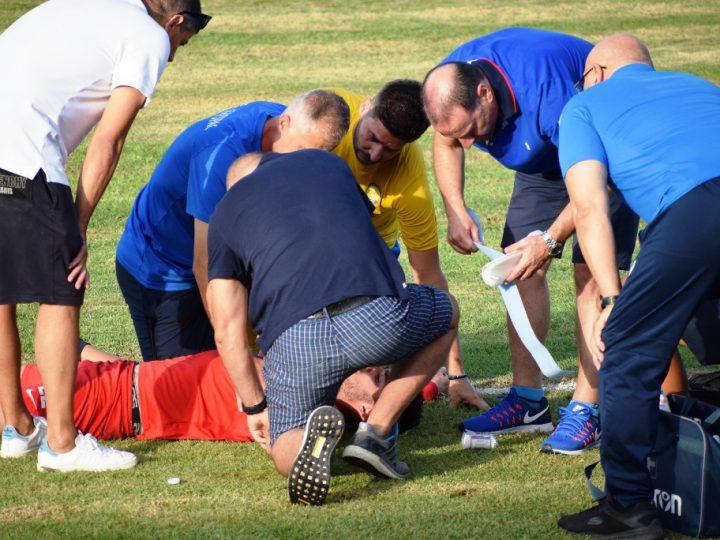 Σοβαρός τραυματισμός ποδοσφαιριστή στο φιλικό Διαγόρας – Φοίβος