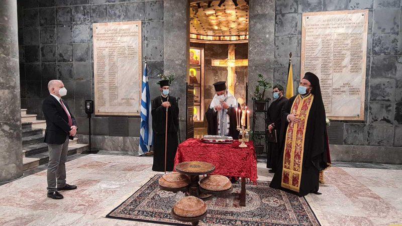 Παρουσία του Αντώνη Καμπουράκη δημάρχου Ρόδου η δέηση στο παρεκκλήσι του Δημαρχείου για τον πολιούχο της Ρόδου