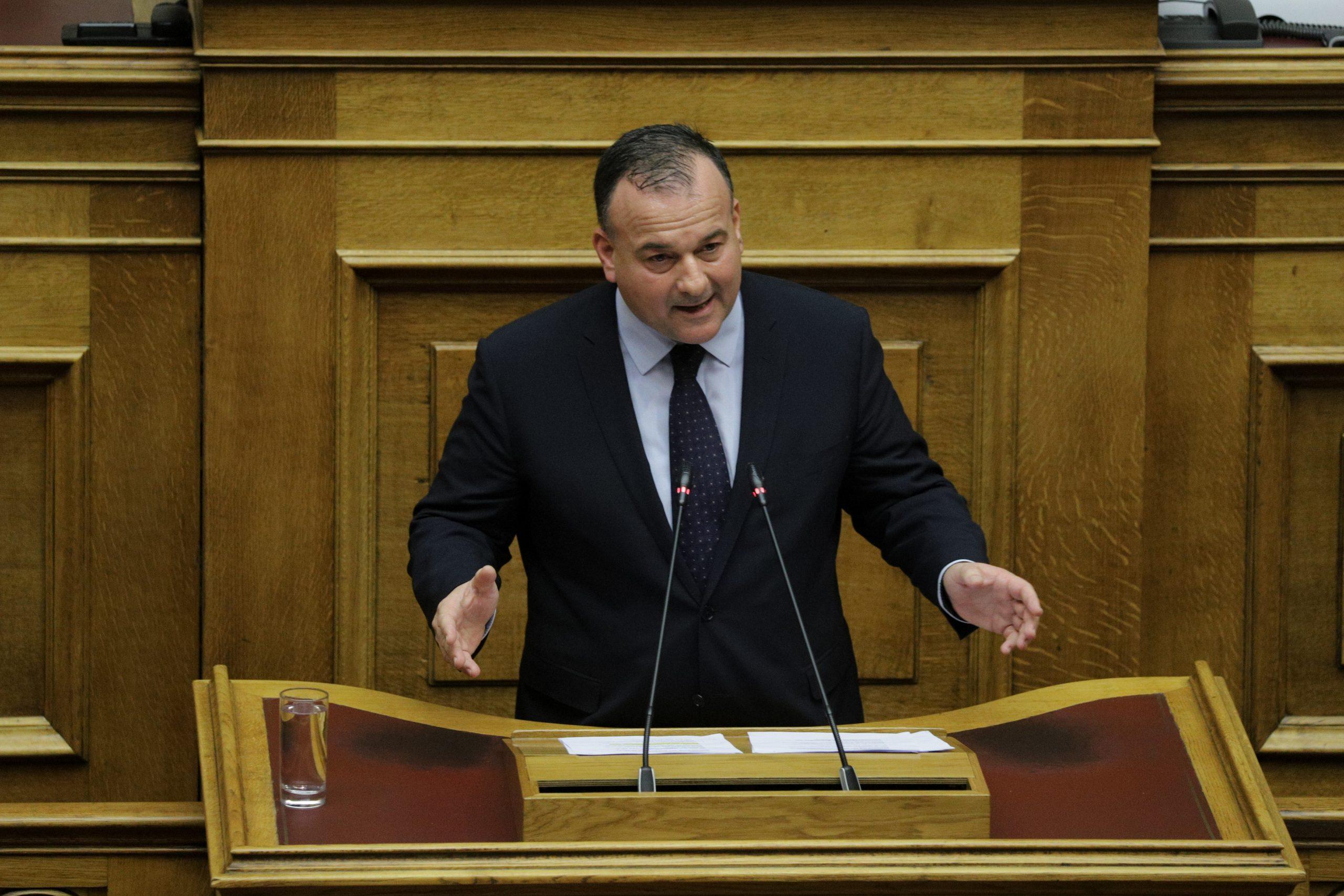 Ιωάννης Παππάς: Παρατείνεται το μέτρο του μειωμένου ΦΠΑ για τα νησιά του Αιγαίου που θεωρούνται πύλες εισόδου παράνομων μεταναστών.