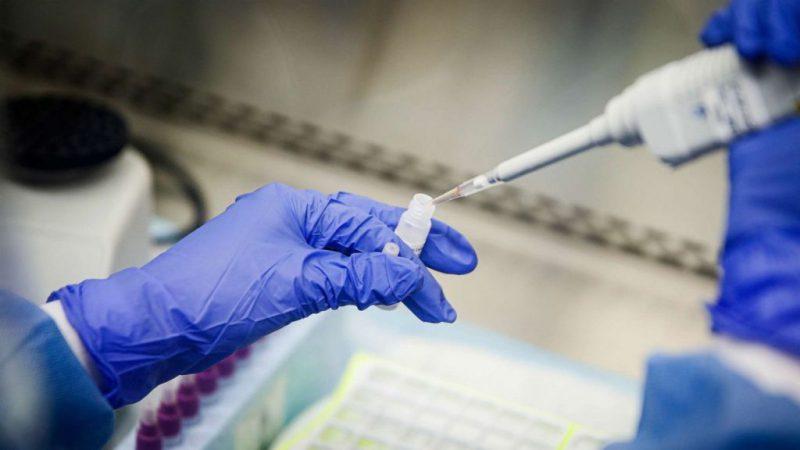 Ερευνητής Δημήτρης Ποντίκας: «Βρήκαμε φάρμακο, αξιόπιστο τεστ και μας αγνοούν» Ο Κορονοιός μπορεί να καταπολεμηθεί