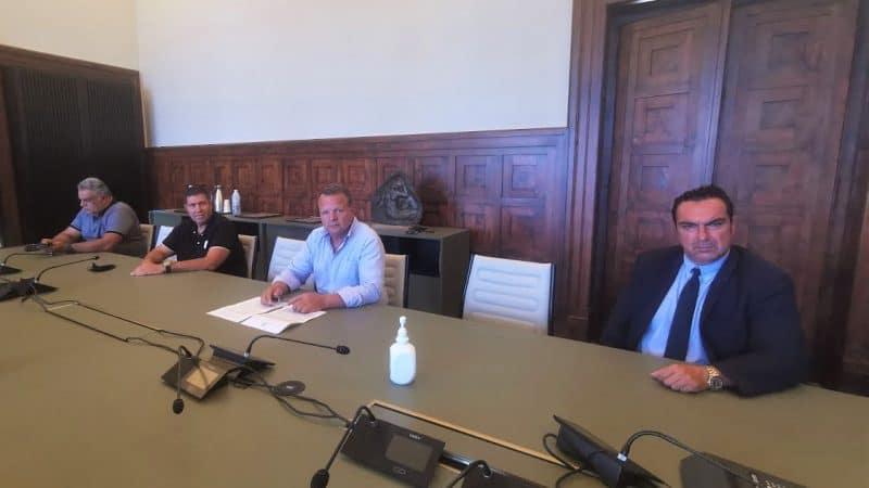 Χρήστος Ευστρατίου, Γιάννης Φλεβάρης, Νίκος Νικολής και Μανώλης Λόγγος : Καμία υπογραφή πολιτικού προσώπου στο ζήτημα της μονάδας ΑΕΚΚ στις  Καλυθιές