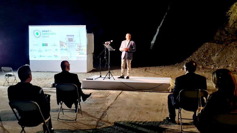 """Στην Αστυπάλαια ο Περιφερειάρχης για την εξέλιξη του πρότυπου project  """"e-astypalea"""""""
